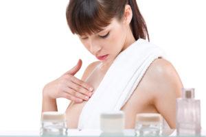 Как избавиться от растяжек на груди