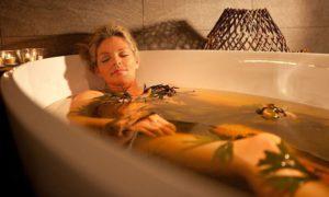 Теплые ванны лечение спины
