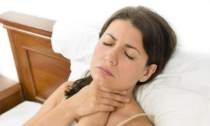 лечить ангину в домашних условиях