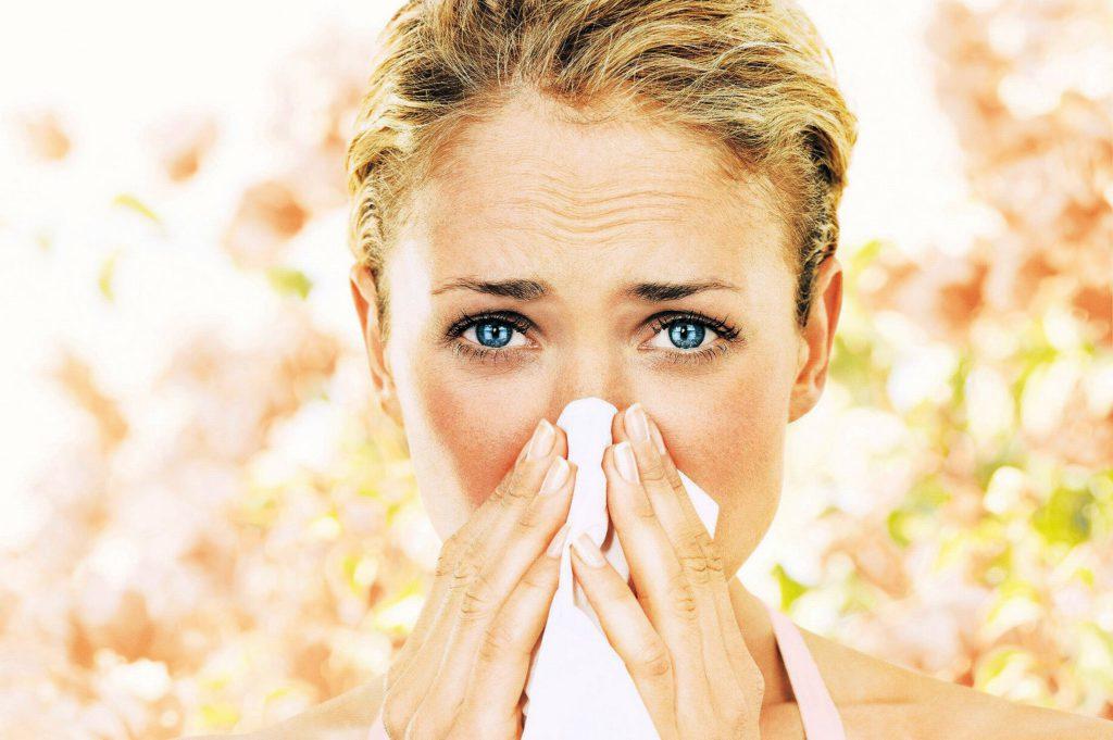 аллергик подергивания глаза
