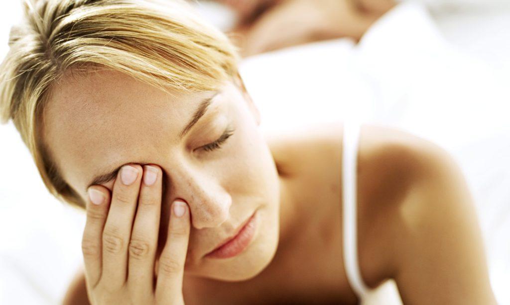 шесть основных причин подергивания глаза