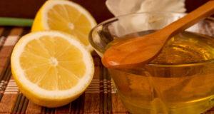 мякоть лимона, смешанную с медом