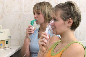 для лечения кашля можно использовать ингалятор