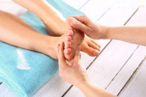 Для лечения пяточной шпоры массаж