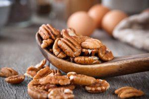 половые органы в боевую готовность приводят орехи