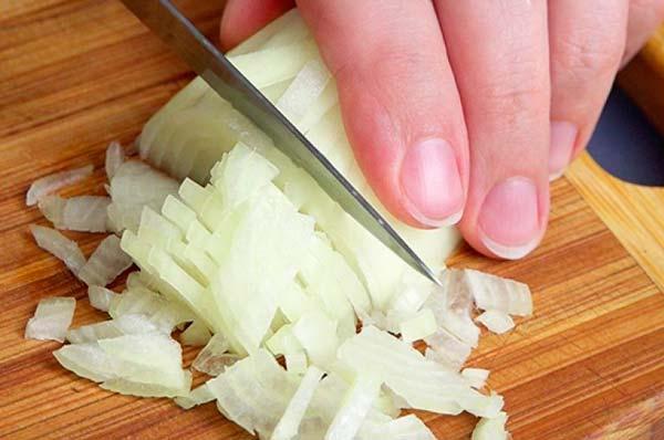 кашица луковицы для лечения миомы матки
