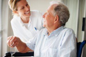 беременные, дети, пожилые люди, тяжело больные пациенты входят в группу риска